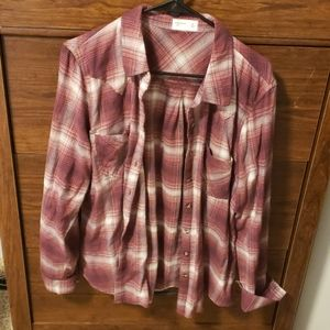 Maurices Relaxed Fit Button up shirt